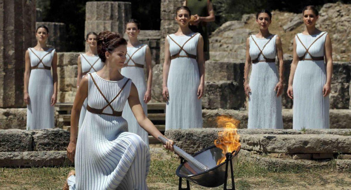 Associazione Sante Spine accoglie la fiaccola olimpica